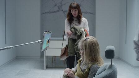 觀賞方舟天使。第 4 季第 2 集。